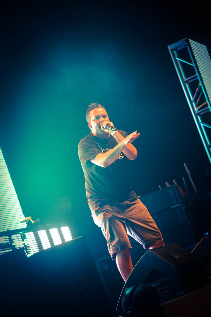 Live Photos: Atmosphere