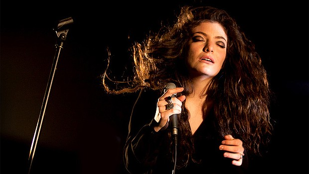 Lorde may be a picture perfect performer