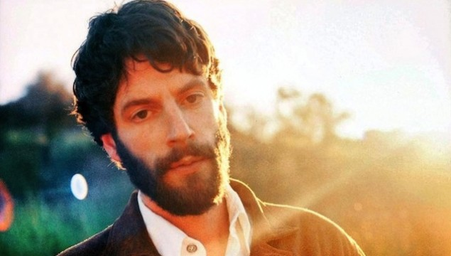 Ray Lamontagne goes deeper dimensions